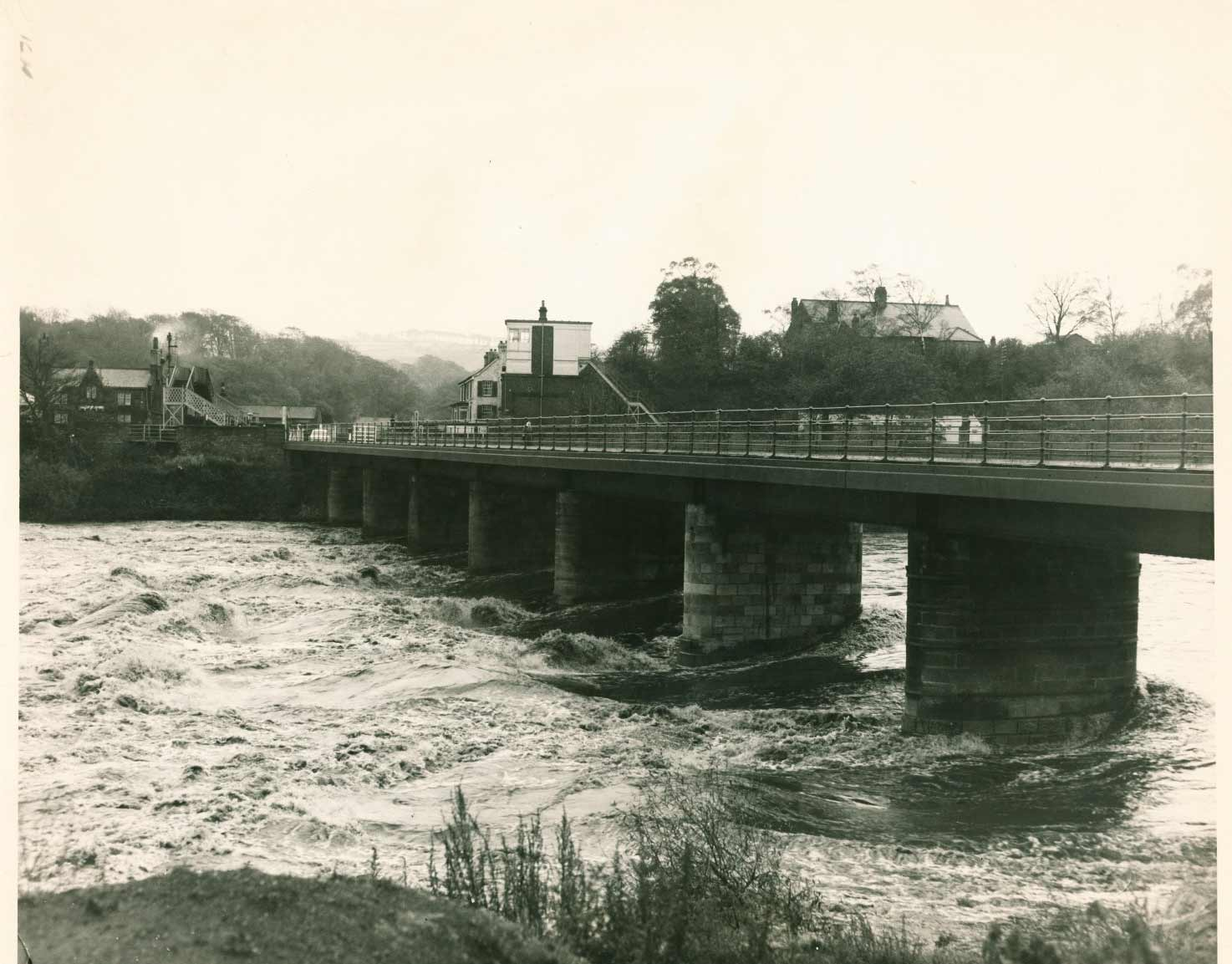 Wylam Bridge from the North East in October 1959